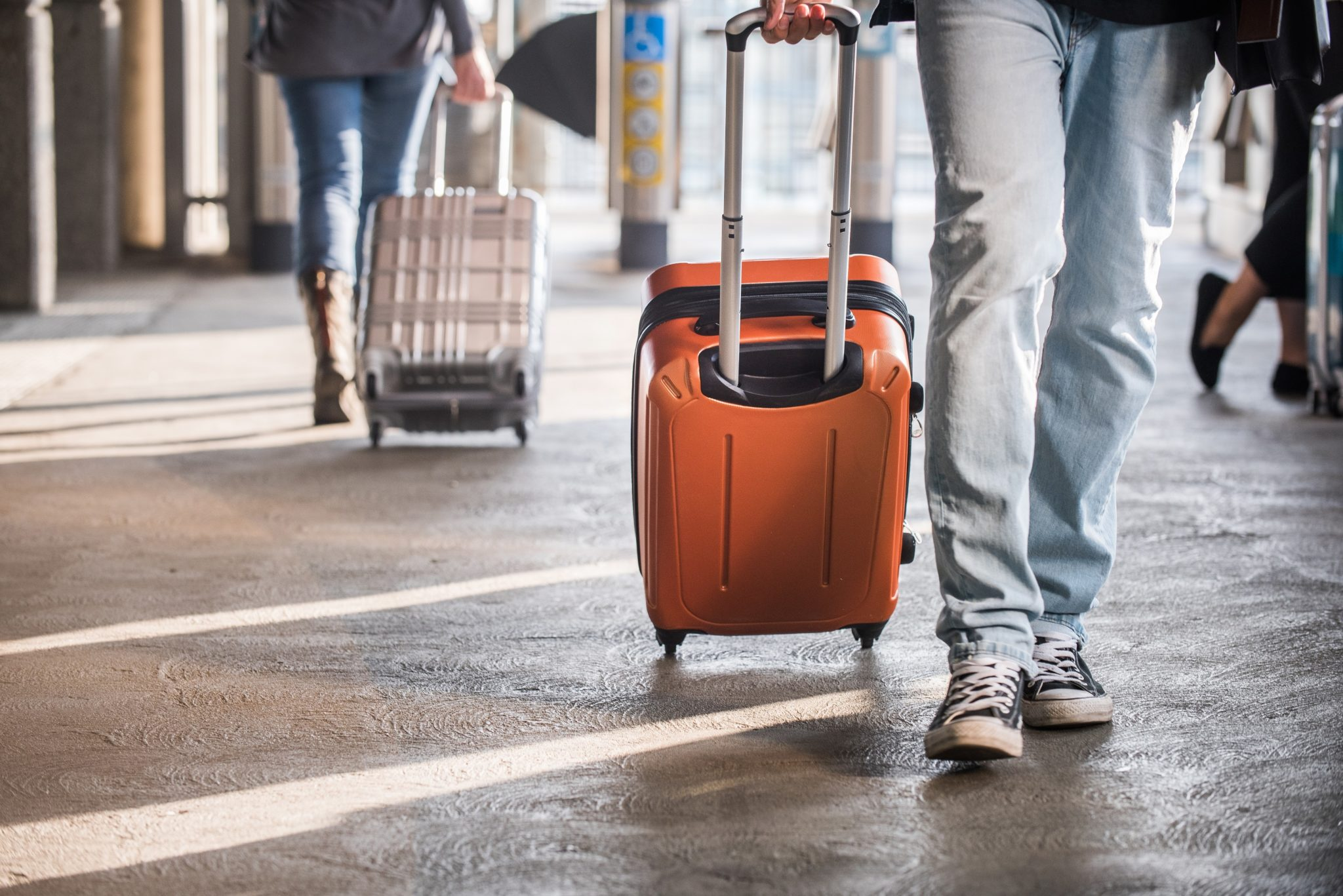 GEN_traveller_suitcase