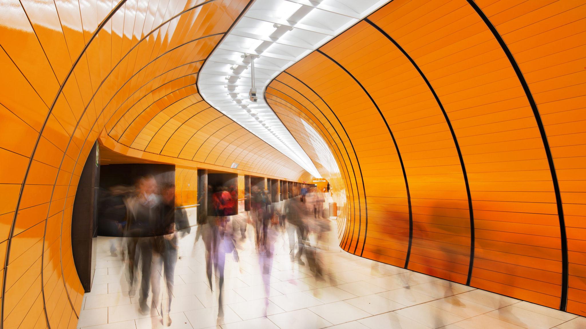 TA_subway_station_commuters